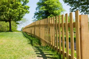 Finding And Hiring Fence Contractor